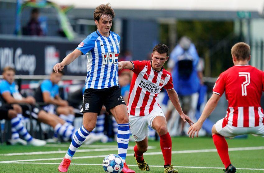 PSV tenta tirar Kaj de Rooij do FC Eindhoven