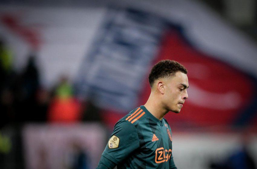 Juventus oferecerá 30 milhões de euros para tirar Sergiño Dest do Ajax