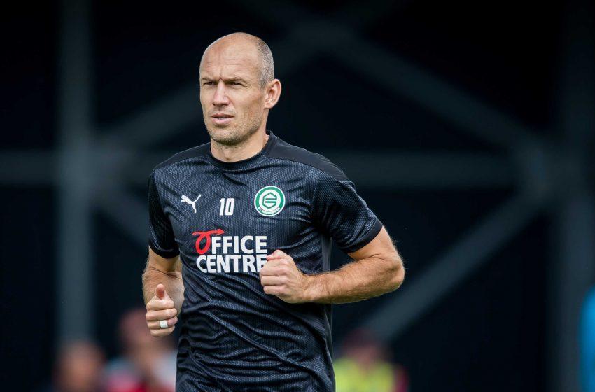 Arjen Robben fica à disposição de Danny Buijs para amistoso desse domingo