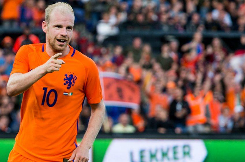 Após três anos, Davy Klaassen é lembrado em pré-convocação da Holanda