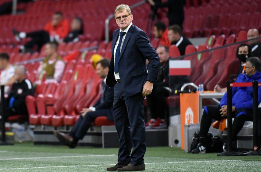 Dwight Lodeweges recebe mensagem de Ronald Koeman após vitória da Holanda sobre a Polônia