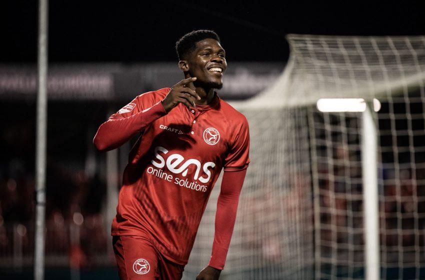 Almere City vence Helmond Sport e chega a quarta vitória seguida na segundona