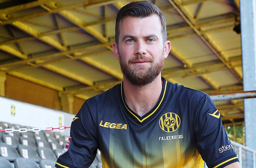 Erik Falkenburg assina com o Roda JC