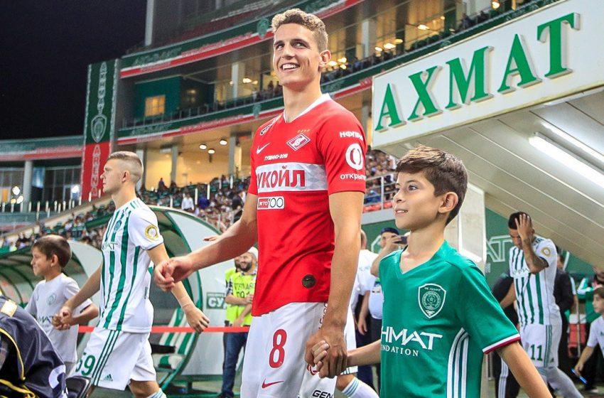 Guus Til poderá assinar com o SC Freiburg (ALE)