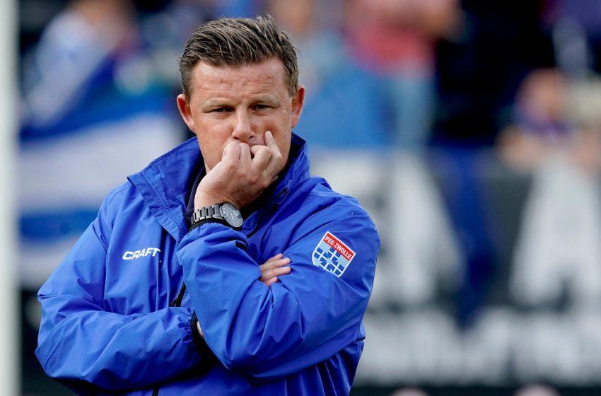 Após derrota para o FC Emmen, PEC Zwolle demite John Stegeman