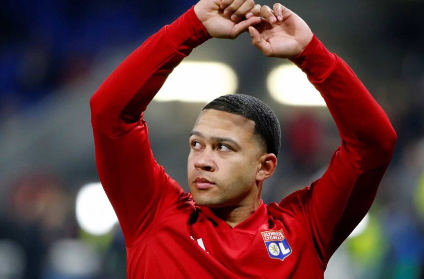 Presidente do Lyon confirma interesse do FC Barcelona em Memphis Depay