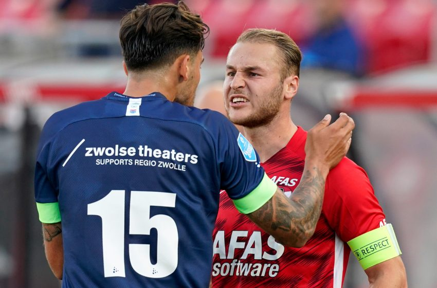 Teun Koopmeiners comenta expulsão de Calvin Stengs no jogo entre AZ e PEC Zwolle