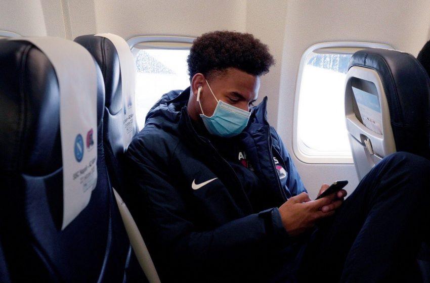 Sem Myron Boadu, AZ Alkmaar viaja com 19 jogadores para a Itália