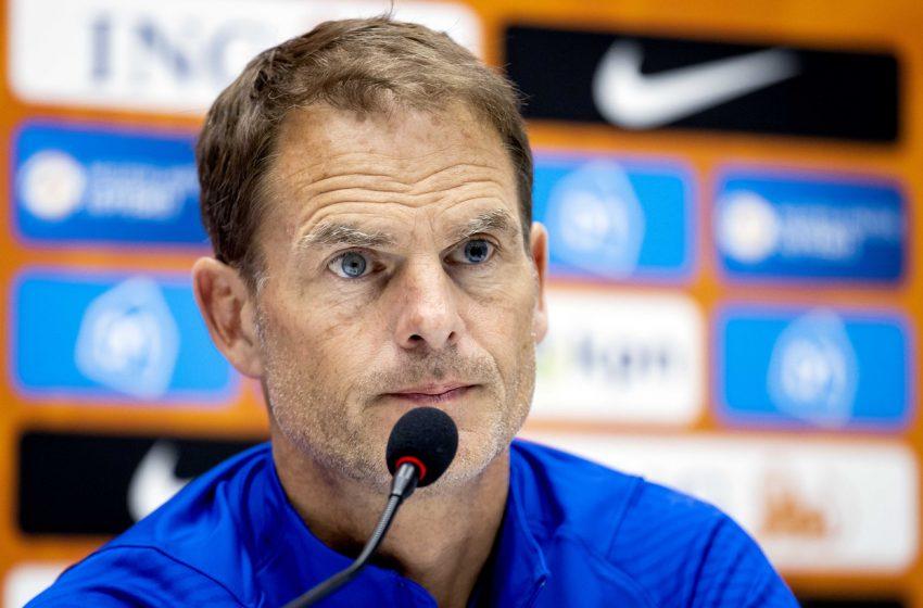 Frank de Boer não quer dar pistas do time titular que jogará contra a Bósnia
