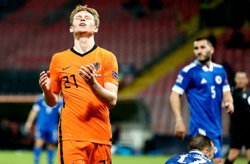 Frenkie de Jong desapontado com resultado diante da Bósnia