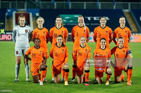 PRISTINA, KOSOVO – OCTOBER 27: Back row: (L-R) Lize Kop of Holland Women, Katja Snoeijs of Holland Women, Dominique Janssen of Holland Women, Stefanie van der Gragt of Holland Women, Aniek Nouwen of Holland Women, Lynn Wilms of Holland Women  Front row: (L-R) Lineth Beerensteyn of Holland Women, Lieke Martens of Holland Women, Jackie Groenen of Holland Women, Danielle van de Donk of Holland Women, Sherida Spitse of Holland Women  during the  EURO Qualifier Women  match between Kosovo v Holland  at the Fadil Vokkri Stadium on October 27, 2020 in Pristina Kosovo (Photo by Nikola Krstic/Soccrates/Getty Images)