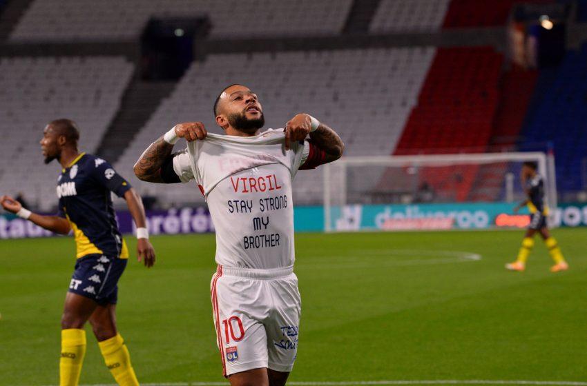 Memphis Depay marca contra o AS Mônaco e mostra mensagem para Virgil van Dijk
