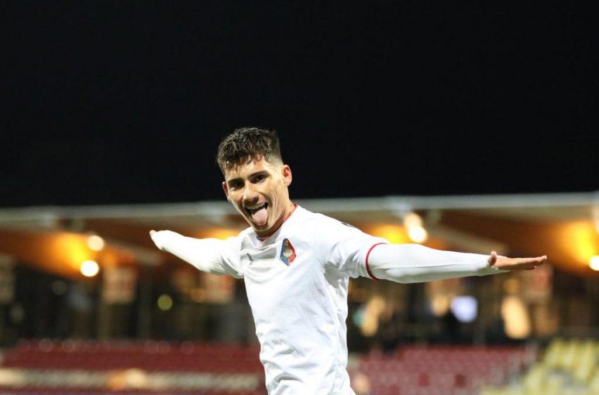 Sebastian Soto marca duas vezes e garante vitória do SC Telstar diante do Helmond Sport
