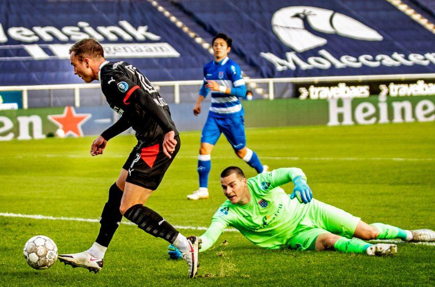 Na estreia de Mario Götze, atacante alemão faz seu gol e ajuda o PSV a vencer o PEC Zwolle por 3 a 0