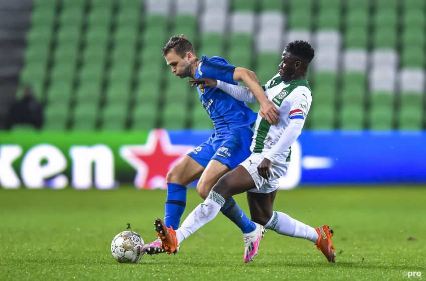 Vitesse empata fora de casa e assume liderança da Eredivisie