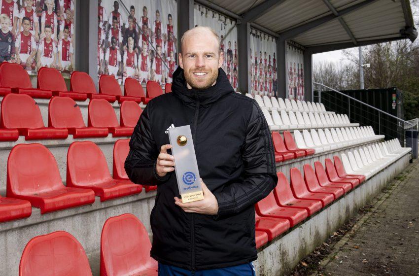 Davy Klaassen é eleito jogador do mês de novembro da Eredivisie