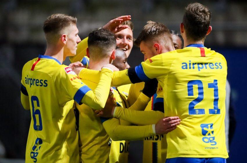 SC Cambuur goleia Jong PSV e reassume a liderança da segunda divisão