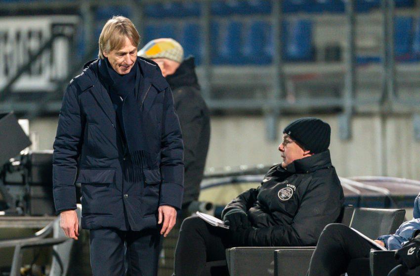 Willem II demite Adrie Koster