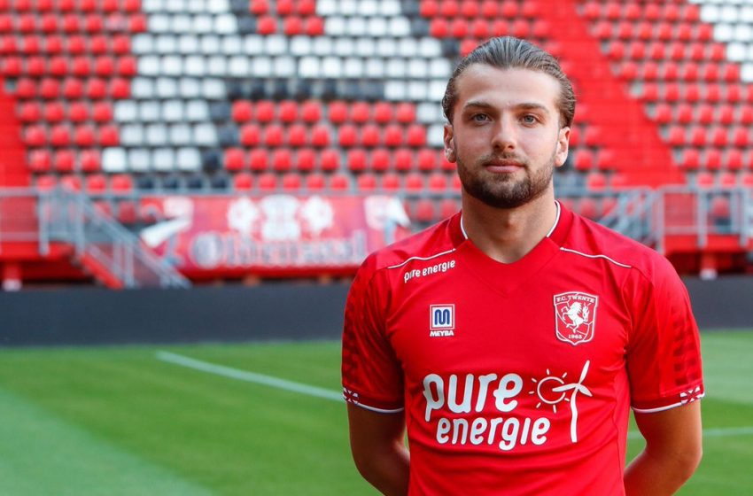 Lazaros Lamprou não é mais jogador do FC Twente