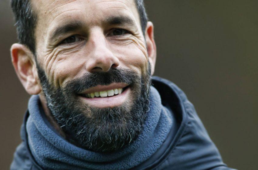 Ruud van Nistelrooij será treinador do Jong PSV na próxima temporada