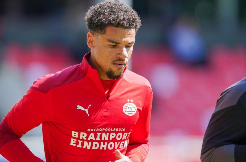 Armando Obispo retorna ao PSV após seis meses se recuperando de lesão