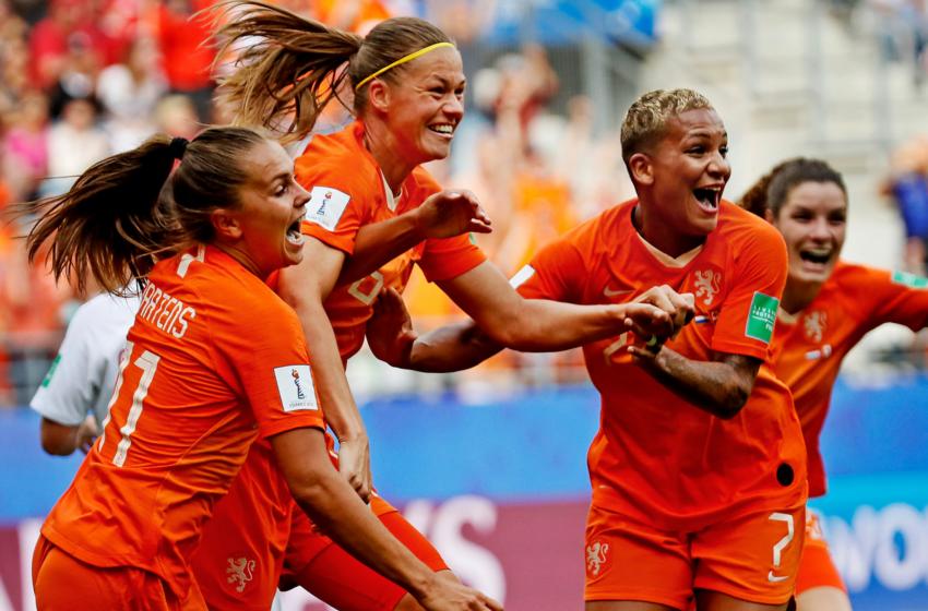 Sarina Wiegman convoca Holanda para jogos contra Bélgica e Alemanha