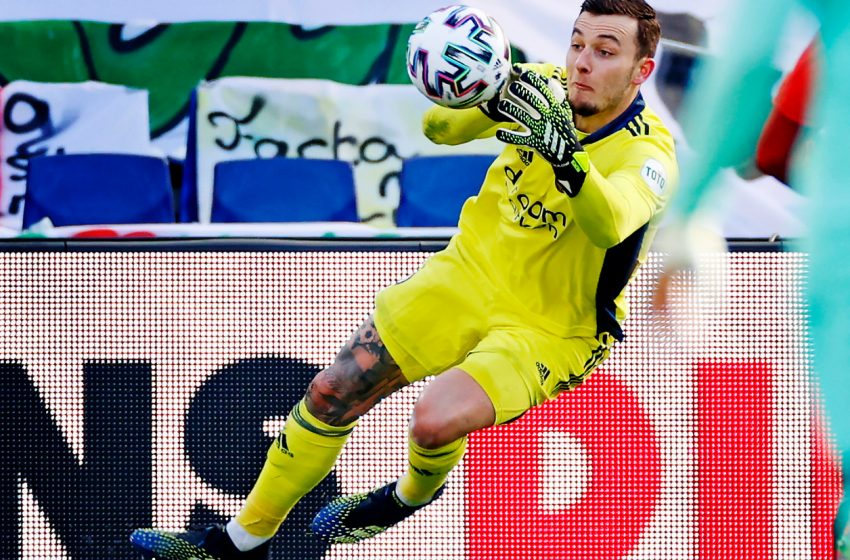 Justin Bijlow deverá ser titular contra o FC Groningen