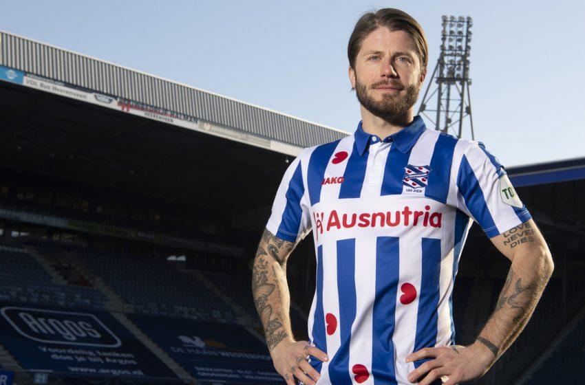 Lasse Schöne assina por seis meses com o SC Heerenveen
