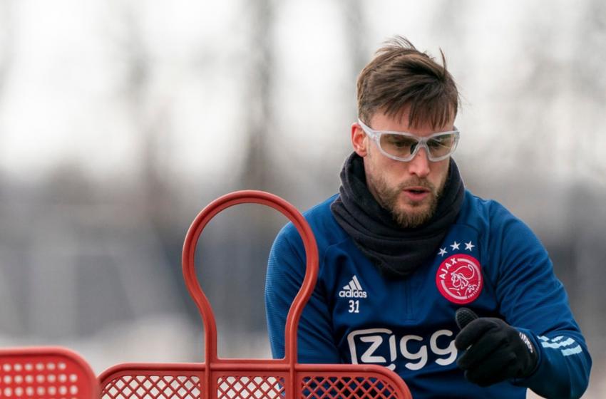 Nicolás Tagliafico usará óculos no jogo contra o PSV