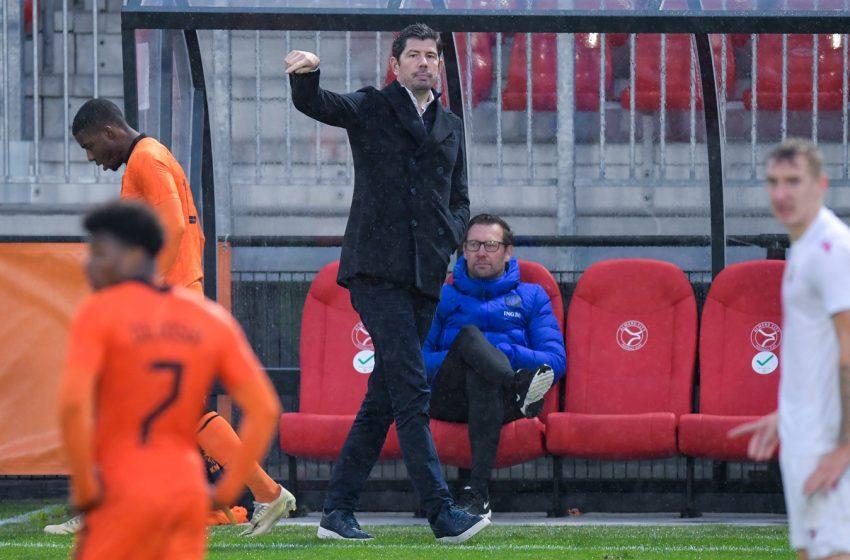 Com Devyne Rensch, Erwin van de Looi divulga a convocação da Holanda U21