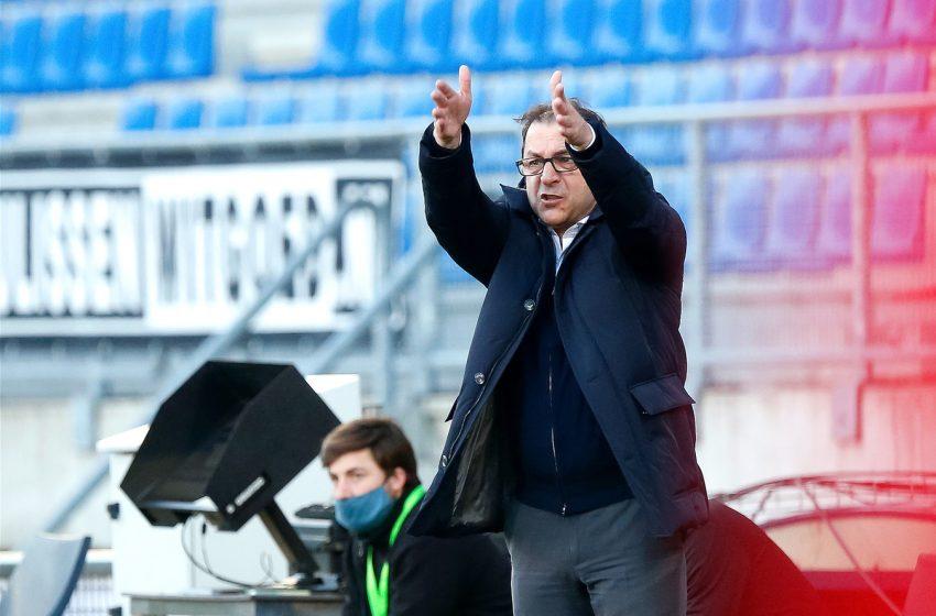 Željko Petrović sente a falta de jogadores no Willem II importantes para duelo contra o FC Twente