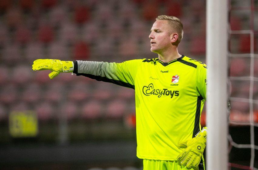 Dennis Telgenkamp do FC Emmen anuncia aposentadoria