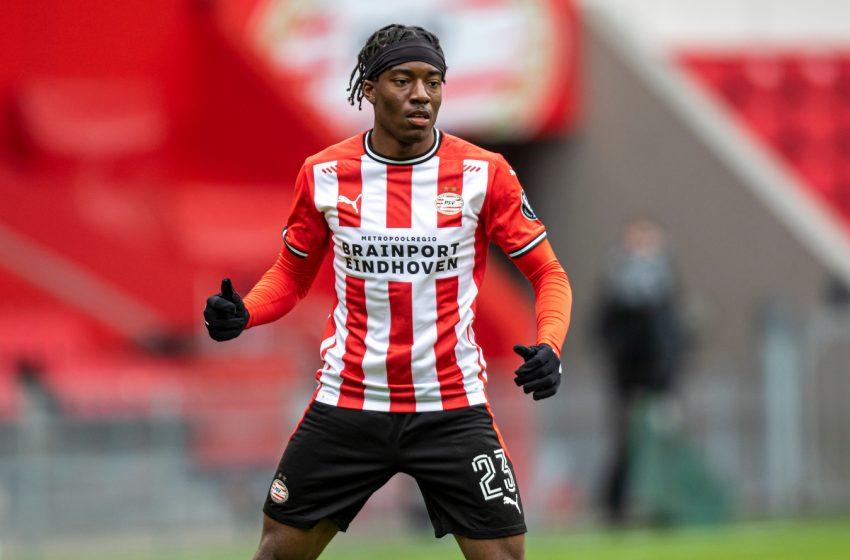 Leicester City envia proposta de 20 milhões de euros por Noni Madueke