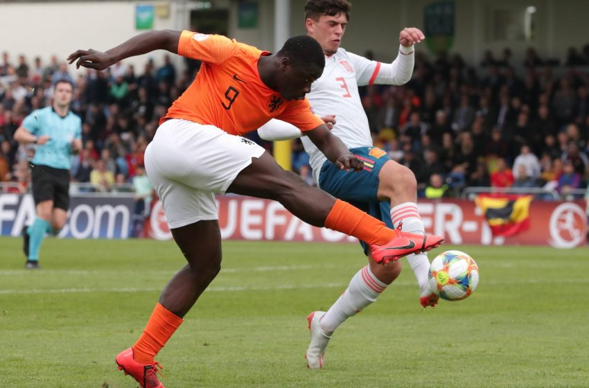 Brian Brobbey deixa a Holanda U21 por lesão