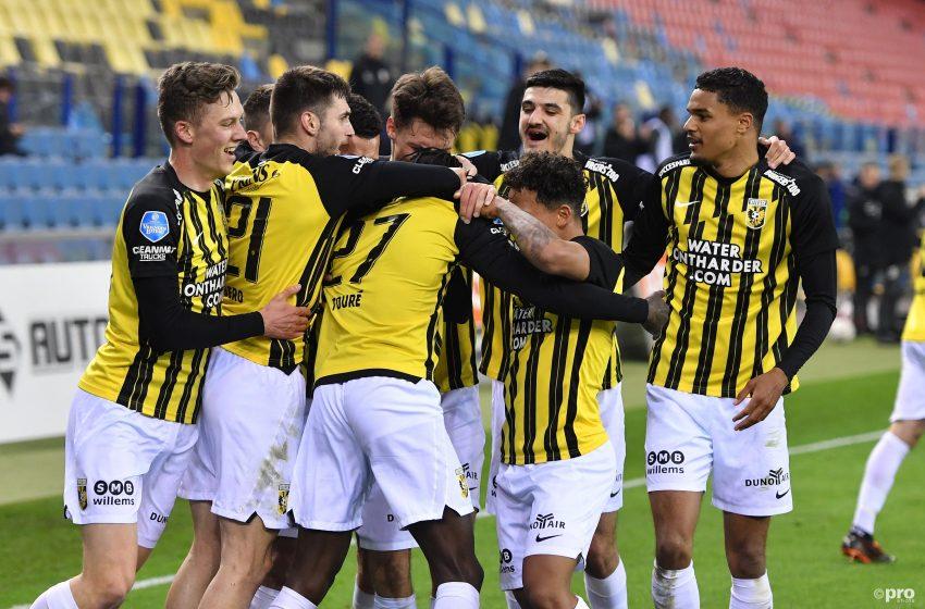 Vitesse garante vitória por 2 a 1 diante do PEC Zwolle nos acréscimos