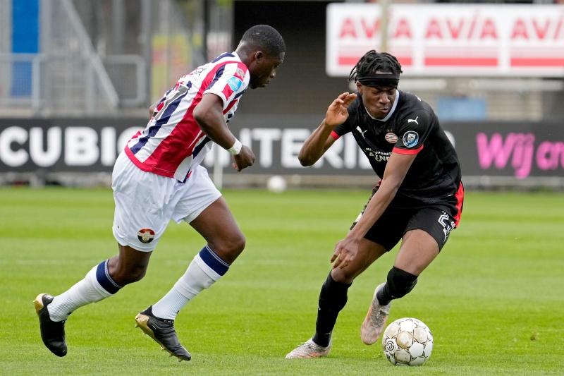 PSV não sofre e ganha do Willem II por 2 a 0