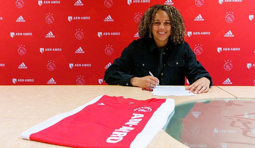 Ajax renova os contratos de Chasity Grant e Soraya Verhoeve