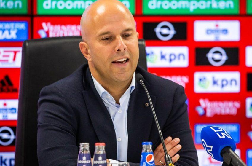 Arne Slot quer implementar um estilo ofensivo no Feyenoord