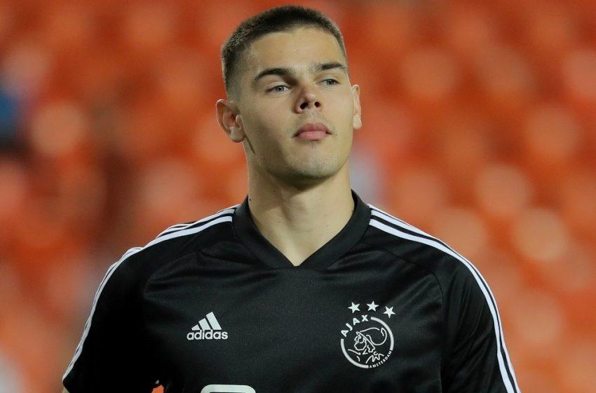 Dominik Kotarski deixa o Ajax e retorna para a Croácia