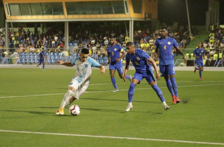 Patrick Kluivert classifica Curaçao para a segunda fase das Eliminatórias para a Copa do Mundo de 2022 na CONCACAF