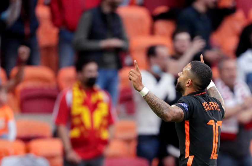 Georginio Wijnaldum marca duas vezes e Holanda bate Macedônia por 3 a 0