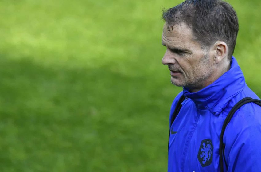 Frank de Boer explica a não convocação de um substituto para Donny van de Beek