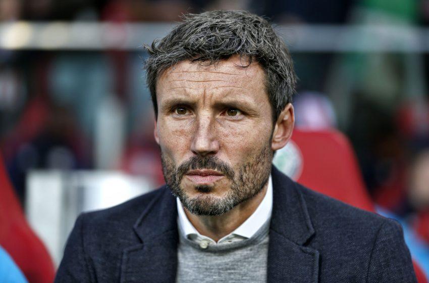 Mark van Bommel é o novo treinador do VfL Wolfsburg