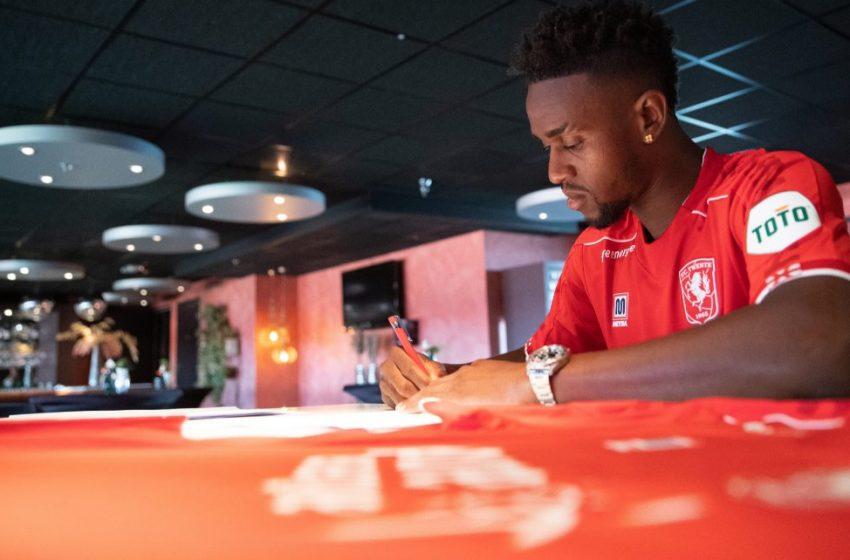 Virgil Misidjan assina com o FC Twente