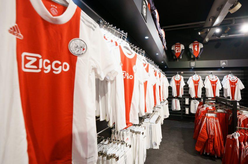 Ajax divulga nova camisa principal com retorno de antigo escudo