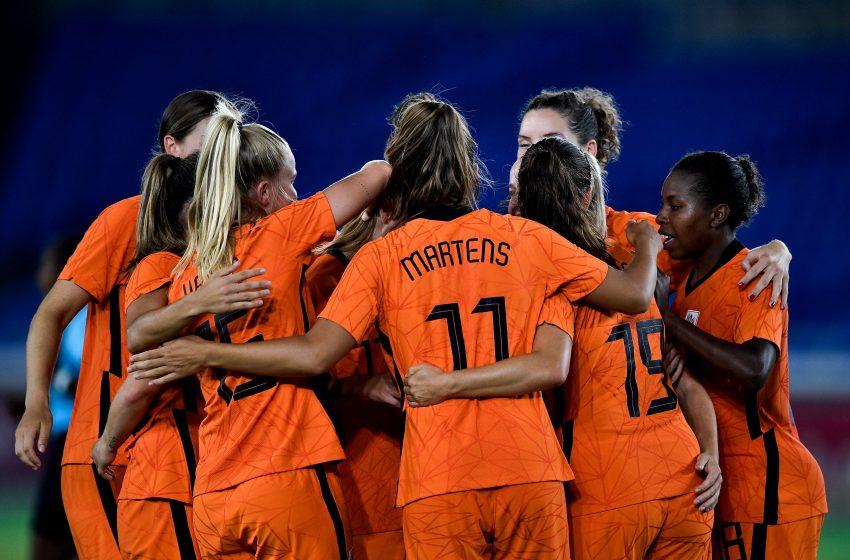 Holanda passa por cima da China e avança para as quartas de finais