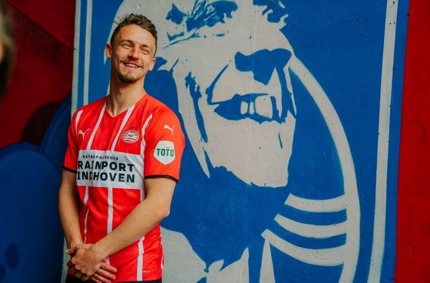 Confira a camisa principal do PSV para a temporada 2021/22