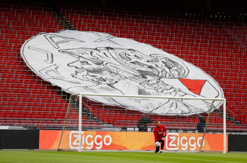 Ajax confirma amistoso contra Leeds United em agosto