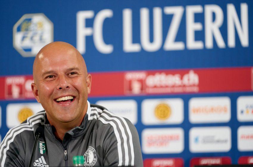 Arne Slot confiante de um melhor desempenho do Feyenoord