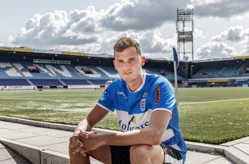 Clint Leemans assina com o Viborg FF